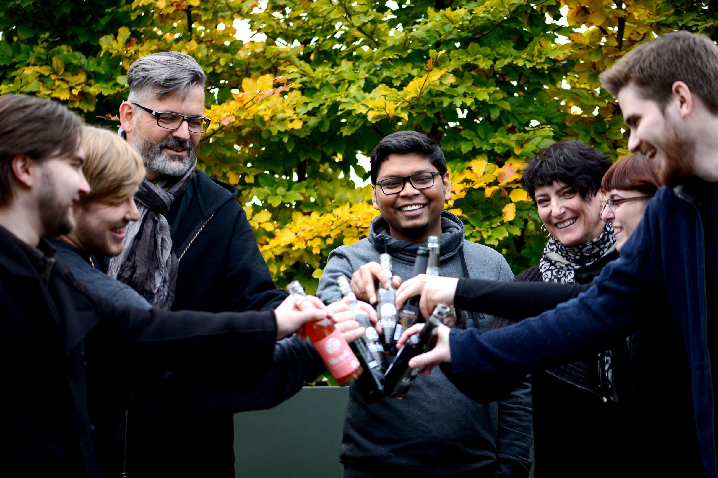 Grillparty Gruppenfoto: DIE NEUDENKER® Agentur, Darmstadt