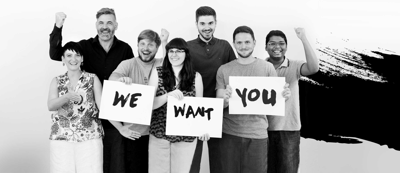 Recruiting Gruppenbild schwarz weiß, Jobs: DIE NEUDENKER® Agentur, Darmstadt