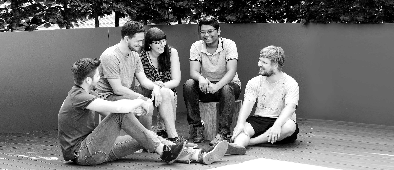 Teambild schwarz-weiß: DIE NEUDENKER® Agentur, Darmstadt