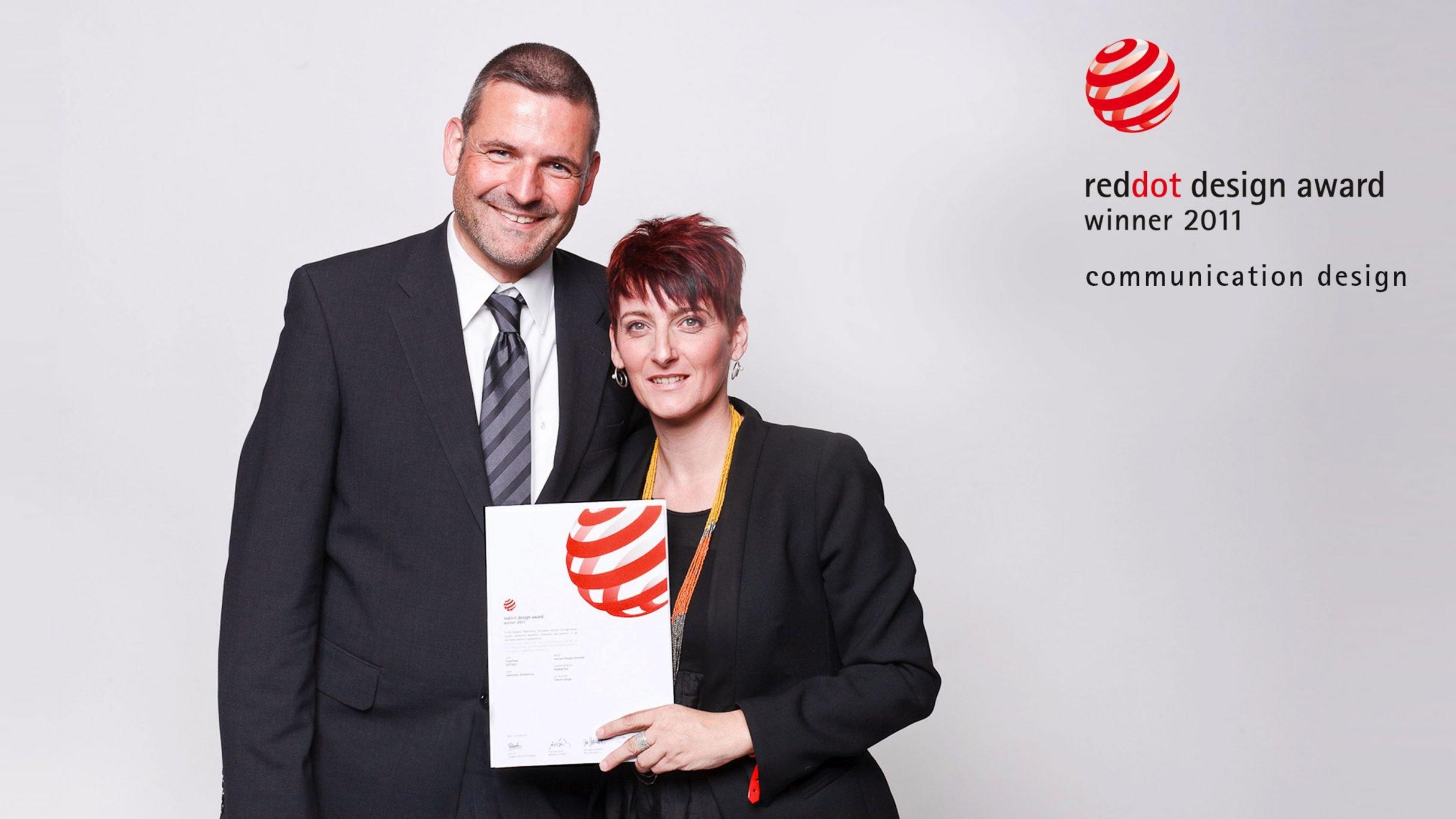 Communication Design, Flyer Power Tower, reddot design award winner 2011, Simone und Stephan: DIE NEUDENKER® Agentur, Darmstadt