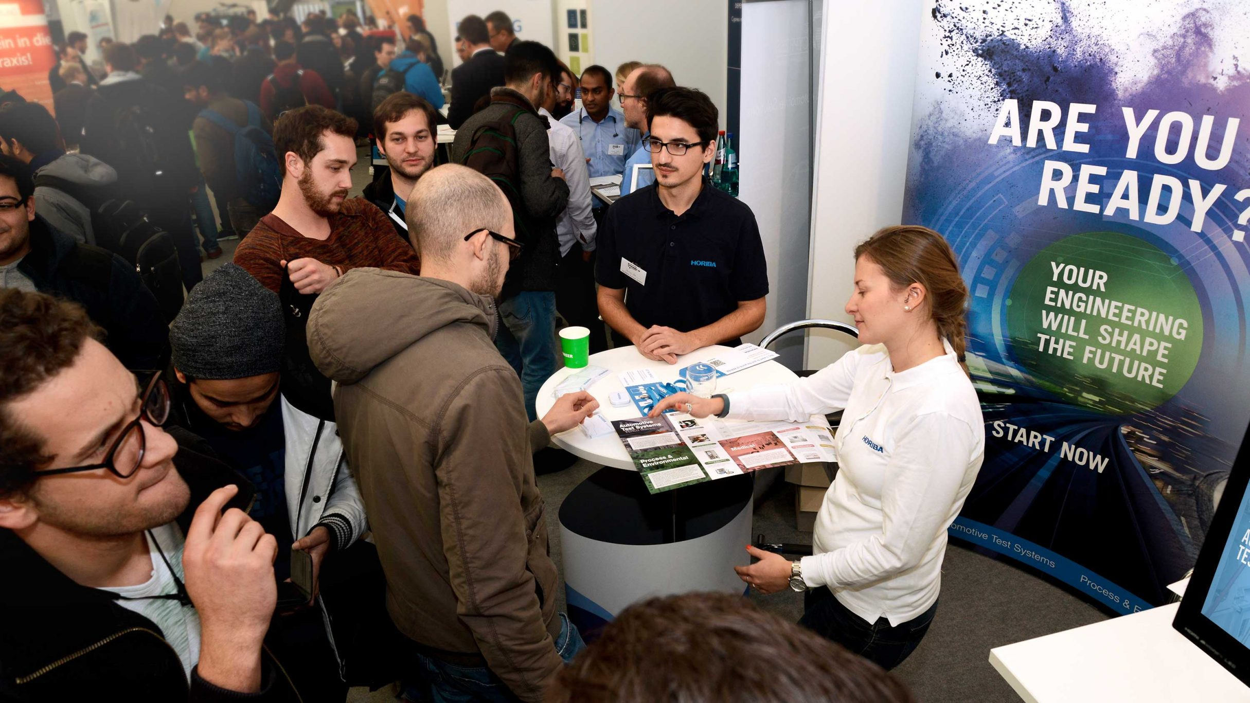 Recruiting Messewand, Messebanner für HORIBA: DIE NEUDENKER® Agentur, Darmstadt